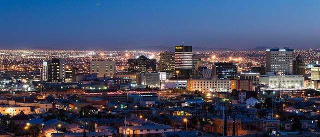 night time at downtown El Paso